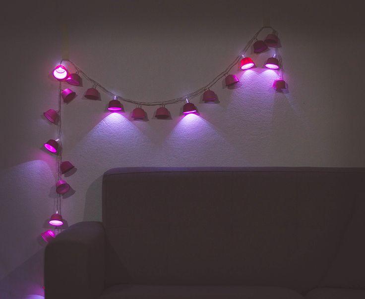 Transforme cápsulas de café usadas em luminária fio de luz - Ricota Não Derrete