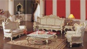 Siapa yang tidak menginginkan kursi tamu yang berkualitas dan tahan lama seperti set kursi tamu klasik ini. Set kursi tamu ini akan memeberikan kenyamanan untuk anda dan tamu yang berkunjung kerumah anda karena kami mebel ukir jepara menggunakan bahan baku yang berkualitas tinggi. Segera dapatkan set kursi tamu klasik agar ruangan tamu anda menjadi terlihat menawan dan indah.