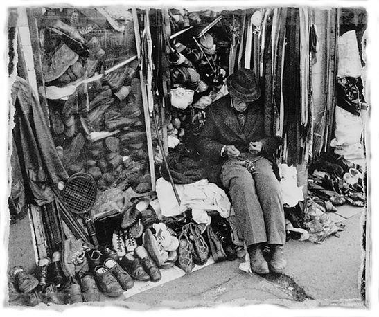 Shoe salesman, Jerusalem, Israel