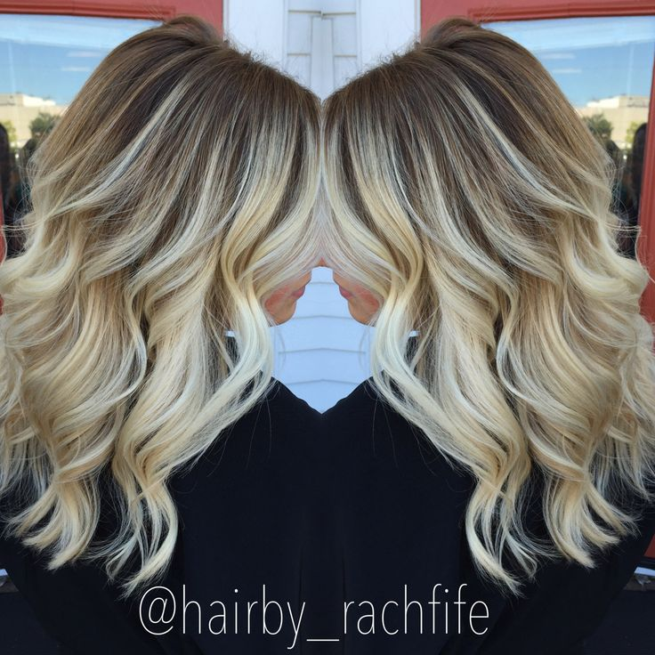 Stretched root balayage ombre bright blonde hair. hair by Rachel Fife @ SF Salon