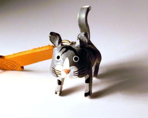 Schluesselanhaenger Katze aus Leder