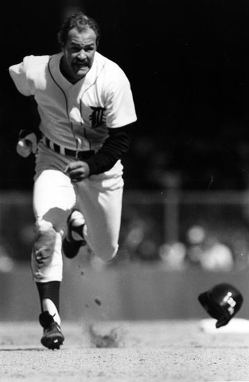 The Tigers' Kirk Gibson hits a home run during the 1986 Opening Day game. (Detroit News archives)
