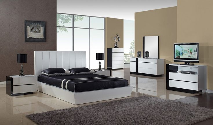 With the beginning of trendy and modern bedroom sets one need not to buy pieces of furniture for the bedroom.