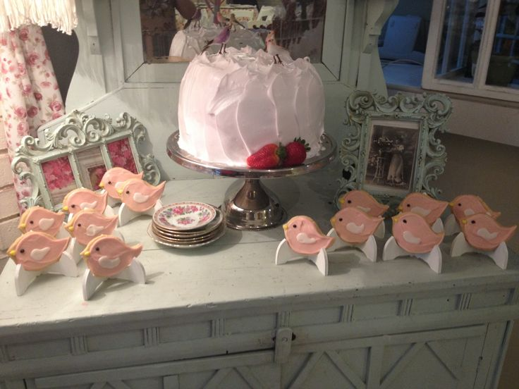 pastel con tema de pajaritos para baby shower ni a acompa ado de