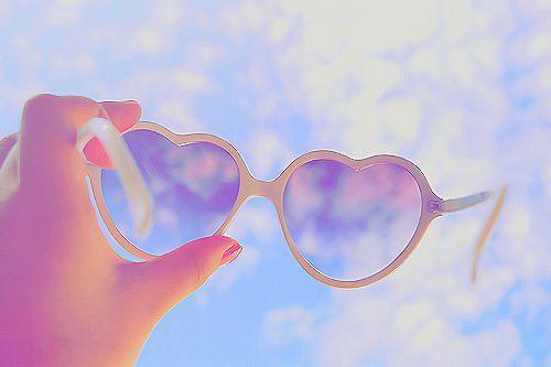 Lunettes coeur. #hearts #sunglasses