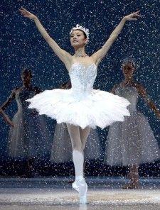 Snow Queen Ballet | Yuan Yuan Tan as the Snow Queen in Helgi Tomasson's Nutcracker