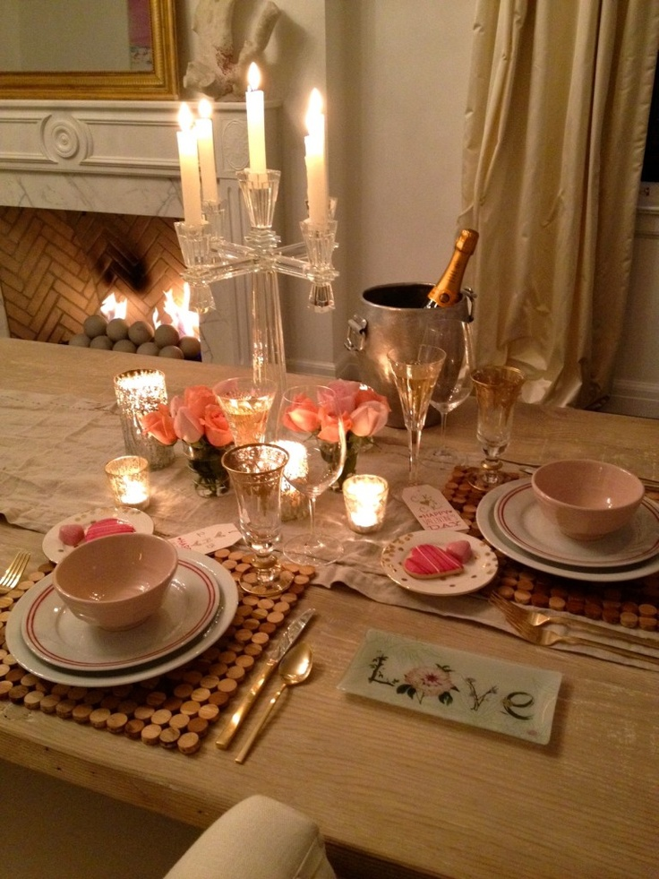 90 best valentine 39 s day table styling images on pinterest for Valentines dinner party ideas