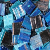 Metallic Glass Mixes - a great way to add variety to your project - from www.everythingmosaic.co.nz