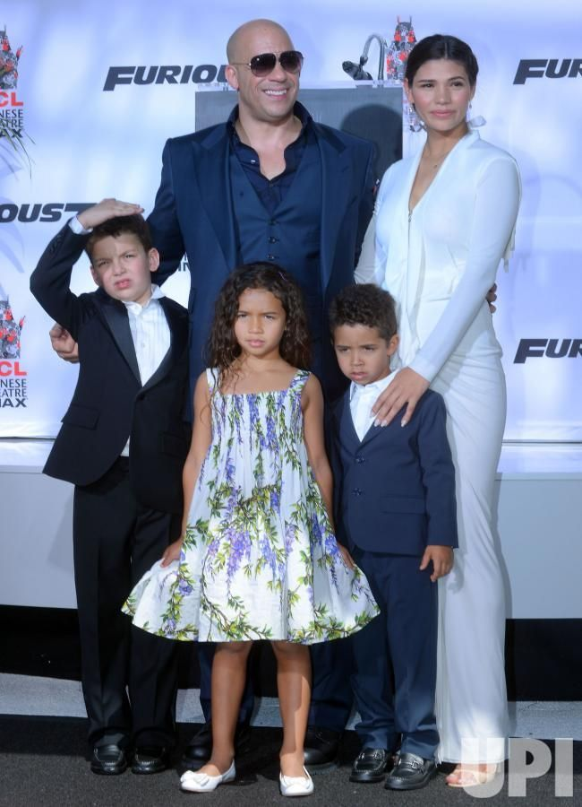 Vin Diesel Wife And Kids Pictures Celebritydads Vin Diesel Wife Vin Diesel Wife And Kids