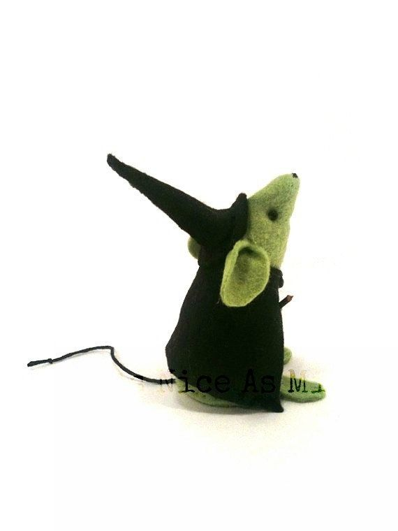 Halloween Ornament - Little Witch Mouse - a Unique handmade felt mouse ornament…