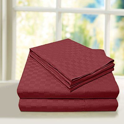Home Sweet Home Dreams Beverly Hills 600 Thread Count 100% Cotton Sheet Set Color: Burgundy, Size: Full