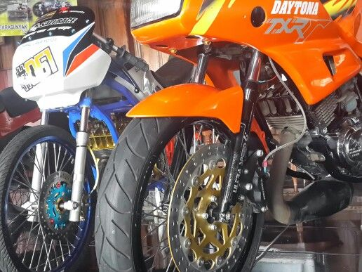 2 stroke 150cc classic racing style