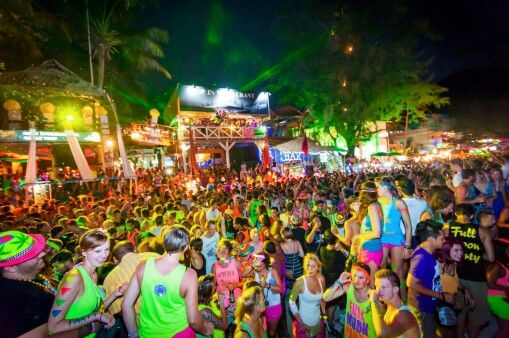 Full Moon Party, Koh Phangan, Thailand. www.islandinfokohsamui.com