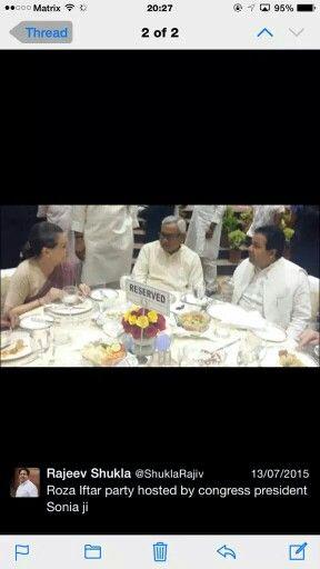 @LalitKModi: So sweet @ShuklaRajiv telling Italian auntie mein hoon Na  https://t.co/yz2C7AS3JD http://t.co/47GYm91UDX
