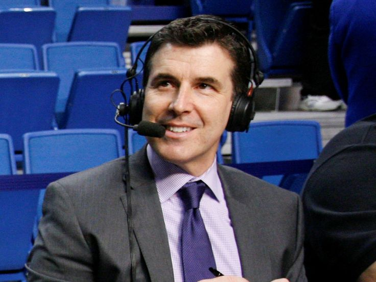 After 25 years as the host of ESPN's College GameDay, Chris Fowler has passed the torch over to fellow ESPN analyst Rece Davis.