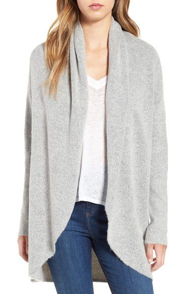 Affordable, very cozy, fall cardigan in light gray. Pair with skinny jeans and booties!
