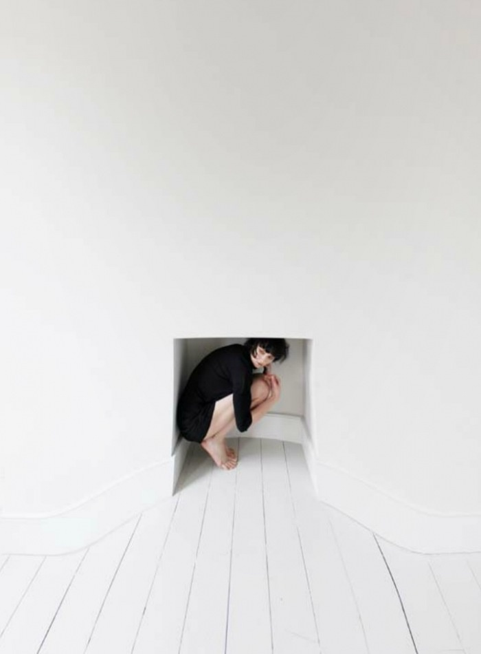 Walls have feelings Spleen, Spring/Summer 2012 - Tatiana Leshkina | LESS IS ART | lessisart.altervista.org