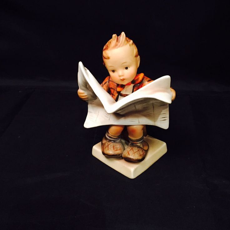 "Hummel Figurine ""Latest News"" Munchener Presse #184 Full Bee Germany Little Boy by missenpieces on Etsy"