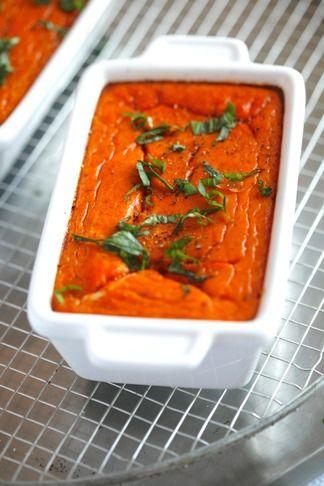 Flan de tomates, basilic et mozzarella