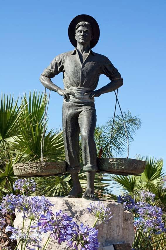 #Málaga #Cenachero  / For more information http://www.amazon.co.uk/M%C3%A1laga-Capital-Coast-Brigitte-Hilbrecht/dp/1517300533/ref=sr_1_1?s=books&ie=UTF8&qid=1456574193&sr=1-1&keywords=malaga