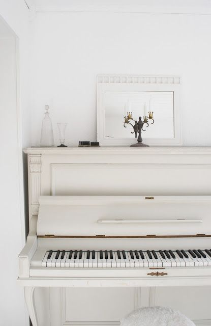 white piano... a dream... I just cant decide which I shall choose... 'Shabby Chic white... or distressed black""