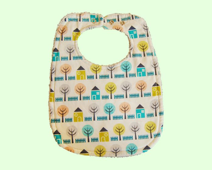 This Home and Garden Bib is the perfect complement to any outfit. This bib is very soft with a layer of towel, it was handmade with love in Australia.