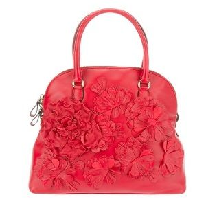 Top Five Trendy Leather Purses And Bags For Women