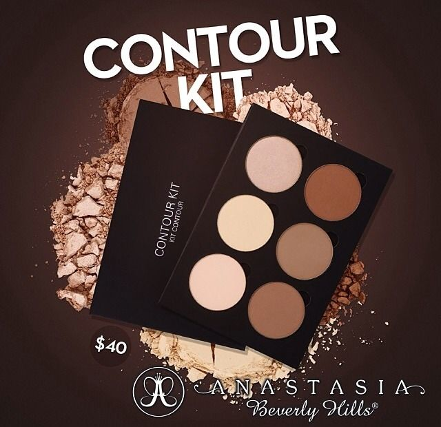 Look at the new Anastasia Beverly Hills Contour Kit :O Such a good price at $40! I think I need this…  Great for makeup artists so you can have different contour shades for people of all different skin tones! Edit: This will be sold only on www.Anastasia.net within a few days!