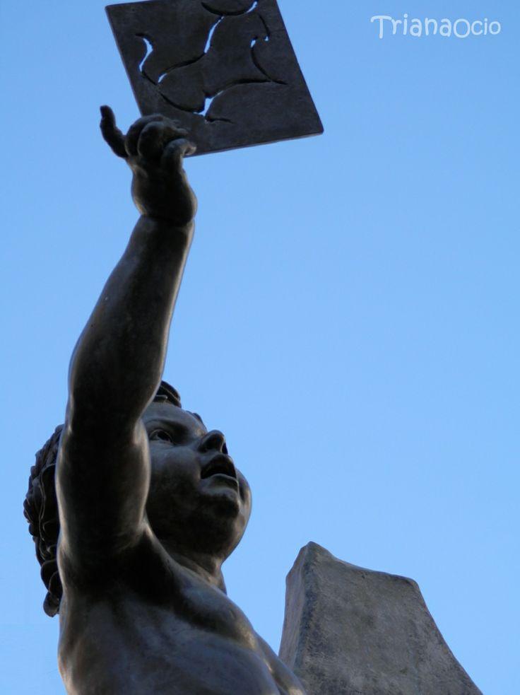 Monumento dedicado a los alfareros de Triana - Sevilla  www.trianaocio.es