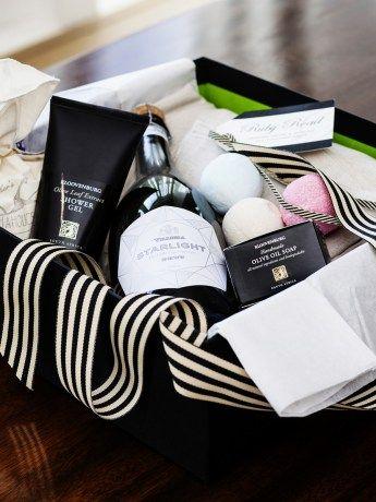 Berg Wind Summer Spa Box - http://www.rubyroadafrica.com/shop-online/lifestyle/shop-luxury-spa-gifts-online/berg-wind-summer-spa-box-mungo-kloovenberg-detail