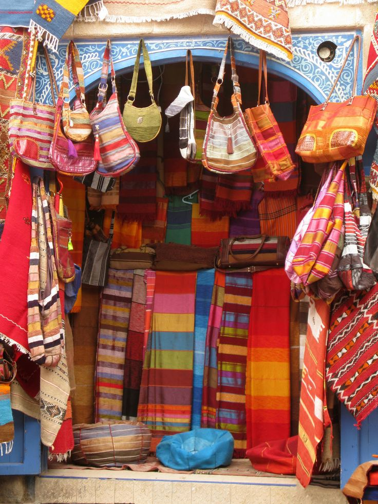 #Morocco's traditional #Markets are enriched with the kingdom's #Heritage and #Values. There are so much to see and get inspired about the #Culture in these #Souks of Morocco. ❤️  #Moroccanheritage #Moroccantraditions #Holidays #Travelling #Moroccotravel #Marrakech2018 #Visitmorocco #Medinalife #Travelingram #Travellingmorocco #Tourism #Moroccansouks #ViriksonMoroccoHolidays #MoroccoHolidays