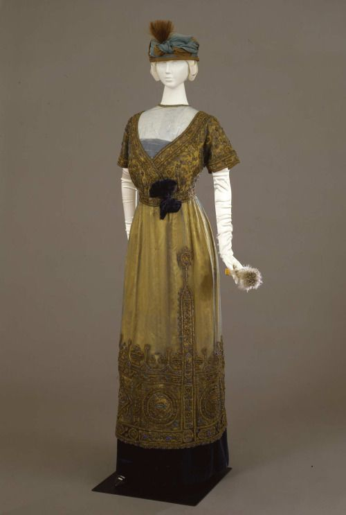 Evening dress ca. 1911From the Galleria del Costume di Palazzo...