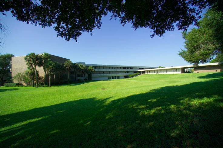 Seminole State College's Sanford/Lake Mary Campus is the school's first and largest campus, opening in 1966. http://www.seminolestate.edu/?utm_source=Pinterest_medium=Link_campaign=Virtual%2BTour