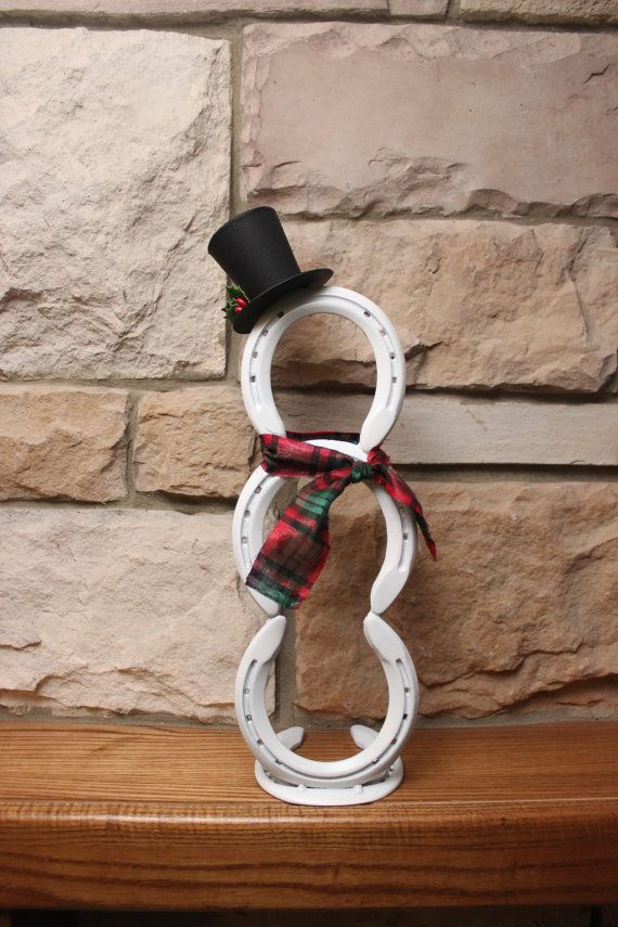 Horseshoe Snowman Holiday Decor by BACKHOMECOUNTRYACRES on Etsy