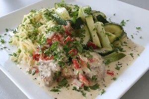 Mørbradbøf i gorgonzolasauce med sauteret grønt 4