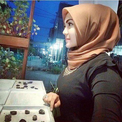 Repost from @jilybachtiar  #hijabstyleindonesia #wanitaberhijab #hijabcommunity #jilbabers #wanitaindonesia #jilboobscantik #jilboobsindo #jilbabmontok #hijab  #jilbabcantik #indohijabers #jilbabseksi #jilbabmontok #jilbabindo #hijabseksi #hijabers #jilboobsaddict #hijabindo #hijabootindo #jilbabindonesia #jilbabstyle #hijabersindonesia #hijaberscommunity #hijabhits #hijabhitz #hijabtrend