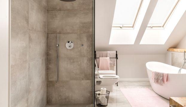 7 praktische tips en ideeën voor een badkamer op zolder