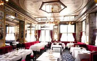 Salle de restaurant Le Grand Vefour Once in a lifetime meal (lunch)