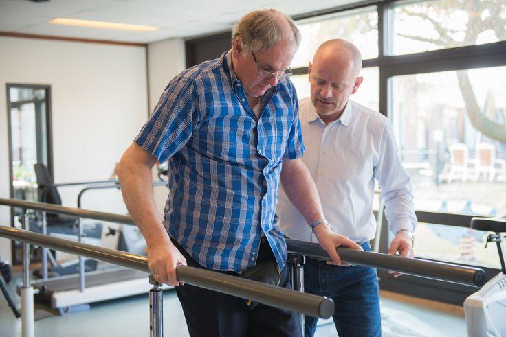 Ook fysiotherapie maakt voor diverse cliënten deel uit van de wekelijkse activiteiten.
