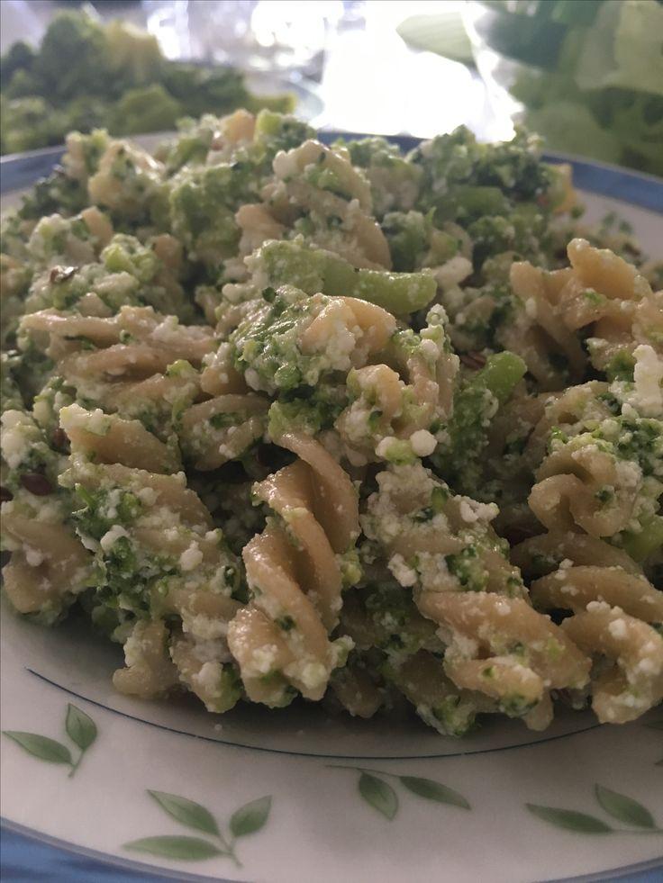 Pasta broccoli e ricotta. Io mi sento in forma... vuoi sentirti anche tu così? Chiedimi come 💖 #ilmioprogrammaèdifferente