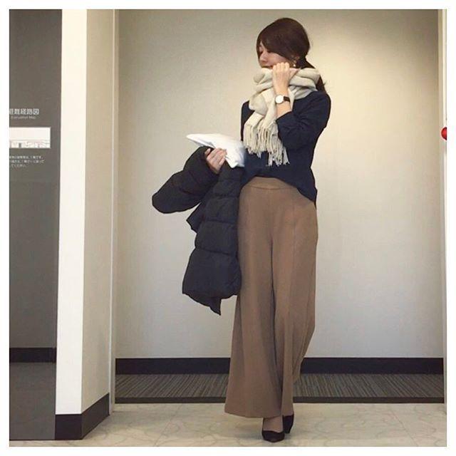 coordinate❤︎ #通勤コーデ#お仕事コーデ * * coat #UNIQLO tops  #UNIQLO pants #UNIQLO  shoes @marue_official bag #baila watch #DanielWellington * 全身UNIQLOday♡ ネイビー×キャメル 🐪✨ ヒートテックの上下に下着にアウターに全てがユニクロ😆❣️ シンプルで楽だから嬉しい! * #ootd#coordinate#code#fashion#outfit#myoutfit#uniqloginza#uniqloginza2017ss#プチプラ#プチプラコーデ#今日のコーデ#コーディネート#ファッション#ユニクロ#ユニジョ#上下ユニクロ部#上下ユニクロ#全身ユニクロ