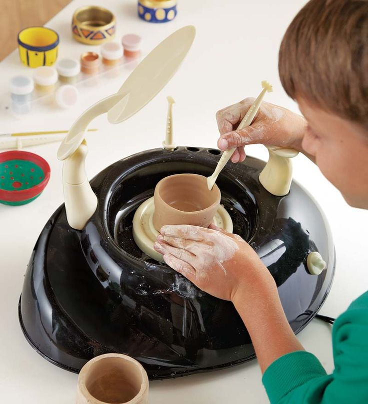 Kids' Pottery Wheel and accessories!