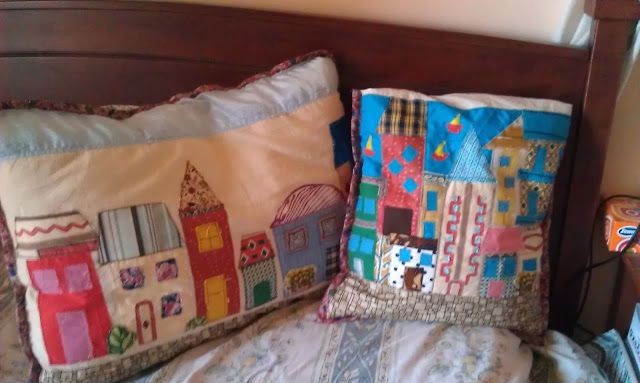 Houses on pillows and cushions