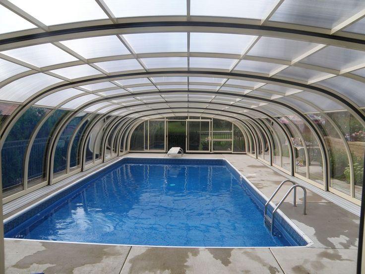 'Laguna' high pool enclosure by TPEC.