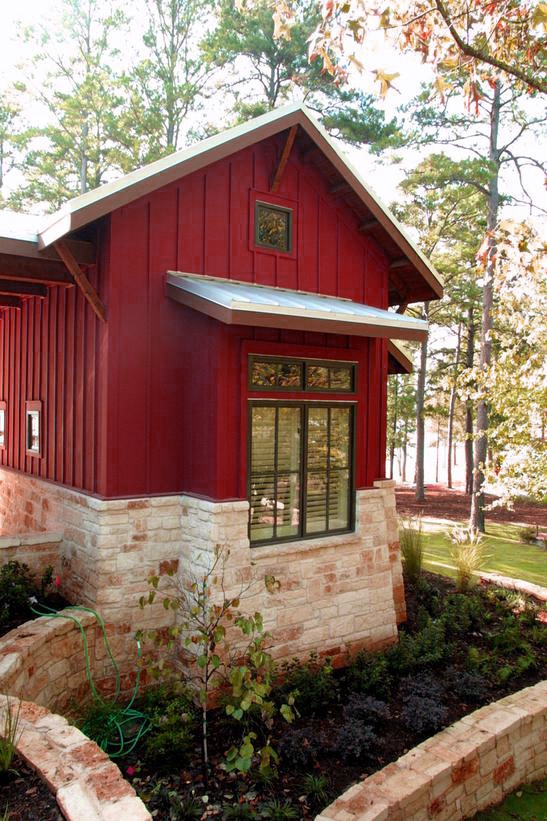 I want a little red cottage