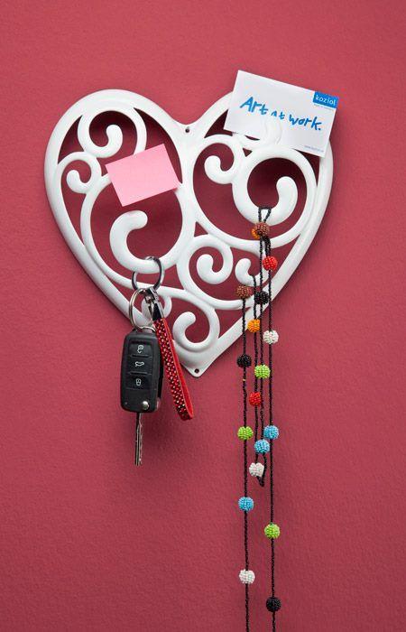 Wieszaki Sissi na biżuterię  w kształcie serca marki Koziol - Decorto