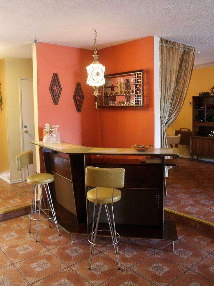 1000 Images About Vintage Home Bar On Pinterest Home Bar Cabinet Dry Bars And Bar Interior