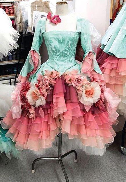 Omg........I *need* these....surely the Austrailian Ballet will alter and loan them to me for free.....sigh.