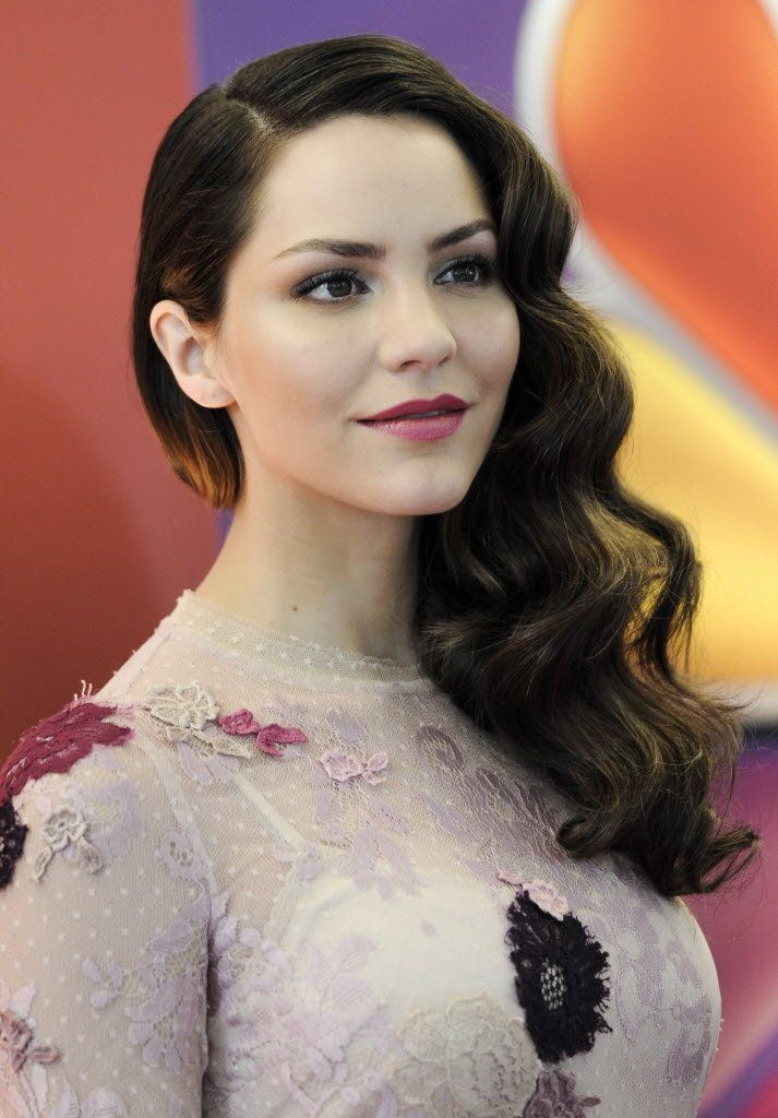 Classic Hollywood Wave by Katharine McPhee | StyleNoted