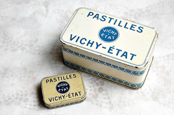 Vintage French VICHY tins French tins blue and white tins Pastilles Vichy Etat excellent condition pair little and large